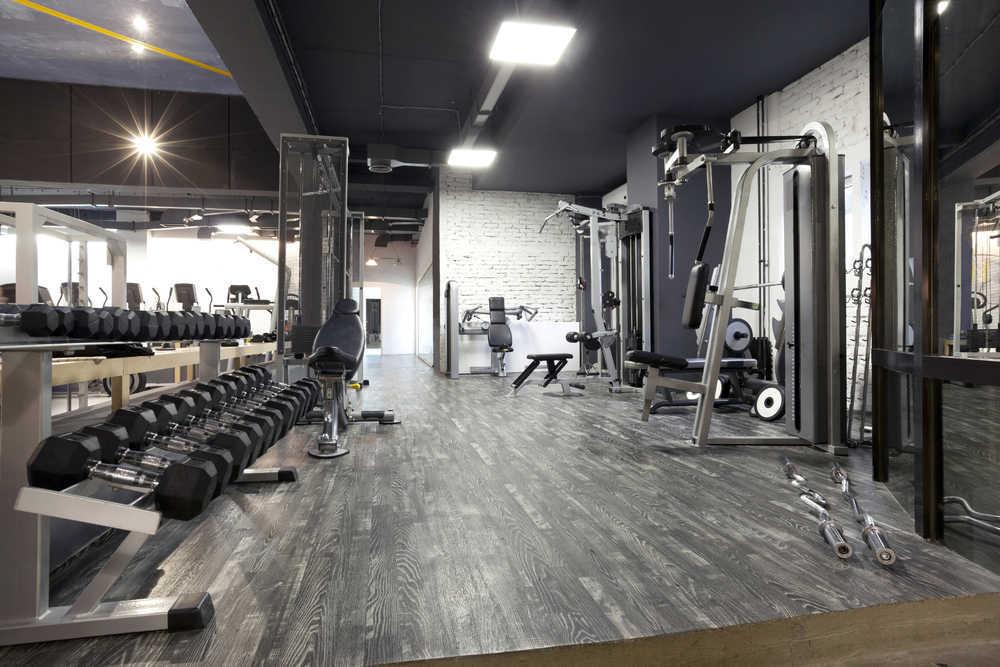 ¿Qué suelo se debe instalar en un gimnasio?